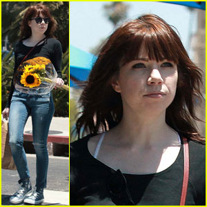 Carly Rae Jepsen Heads Back to LA After Ending Her 'Cinderella' Run on Broadway