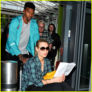 Iggy Azalea Gets Pushed Through Airport by Boyfriend Nick Young!