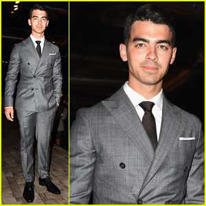 Joe Jonas Suits Up for 'DSquared2' Fashion Show After Hanging with Brand's Founders