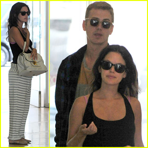 Rachel Bilson & Hayden Christensen Head to Baby Check-Up Appointment!