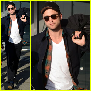 Robert Pattinson Spills Secrets on Avoiding Photographers in L.A.