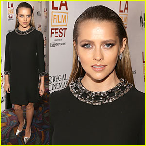 Teresa Palmer Looks Stunning & Slick at 'Cut Bank' LAFF Screening!