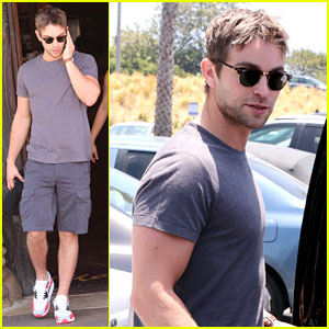 Chace Crawford Starts His Fourth of July at Lunch with Friends!
