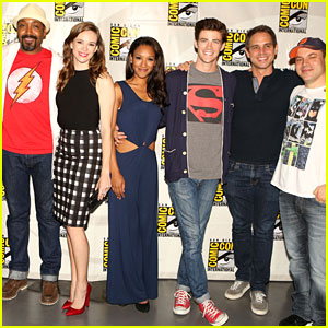 Grant Gustin Wanted to Wear a Full Superman Suit to Comic-Con!