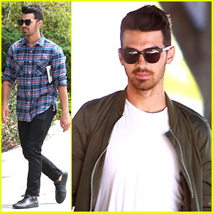 Joe Jonas Visits His Manager After Brother Nick Debuts New Single