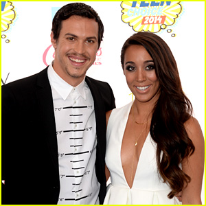 Alex & Sierra are One Hot Couple at Teen Choice Awards 2014