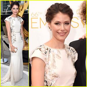Amanda Crew Brings 'Silicon Valley' To Emmys 2014