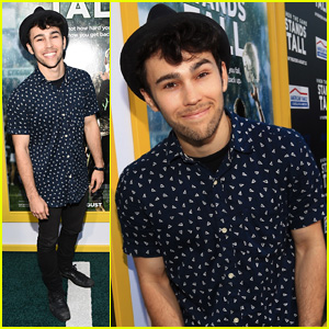 Max Schneider Slows it Down for Ariana Grande 'Problem' Cover - Watch Now!