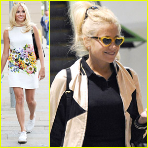 Pixie Lott Makes It To Manchester After Dropping New Album