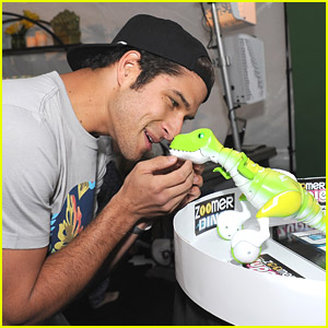 It's Dinosaur Love For Tyler Posey at Backstage Creations Teen Choice Retreat