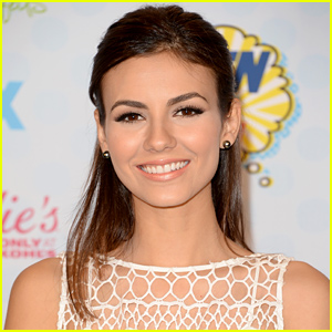 Victoria Justice Responds to Alleged Nude Photo Leak: They're Not Real!