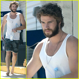 Liam Hemsworth Goes Barefoot For Water Run