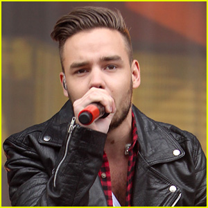 Oh No! Liam Payne Injured on Vacation!