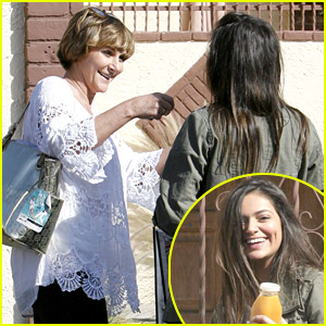 Bethany Mota Gets Hugs From Shirley Ballas Ahead Of 'DWTS' Practice