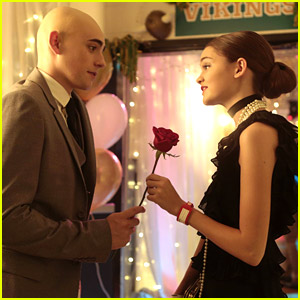 It's Homecoming On 'Red Band Society' Tonight - See The Pics!