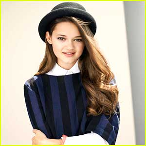 Ciara Bravo earned a  million dollar salary - leaving the net worth at 2 million in 2018