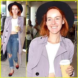 Jena Malone Ranks Her Shoes By How Long She Can Wear Them