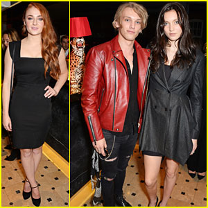 Sophie Turner & Jamie Campbell Bower Make a Stylish Arrival for Charlotte Olympia Handbags