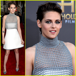 Kristen Stewart Can't Help But Smile at Hollywood Film Awards 2014