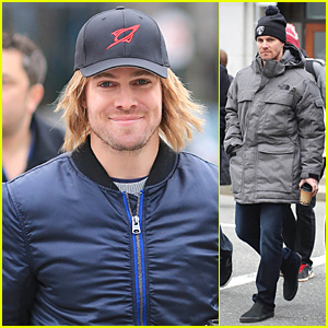 Stephen Amell Still Gets Recognized Under Long-Haired Wig