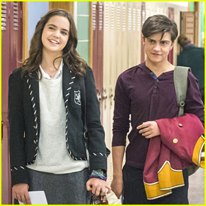 Bailee Madison & Rhys Matthew Bond: Get Another Look at 'Good Witch' TV Series!