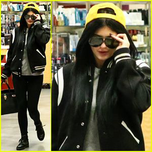 Kylie Jenner Didn't Cry on Camera When Finding Out About Parents' Divorce