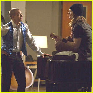 Marshall Williams Gets His Flirt On In 'Glee' Tonight