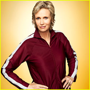 Jane Lynch Dishes On 'Glee' Finale & Reveals Final Song!