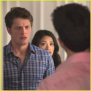 Things Are Going From Crazy To Crazier On 'Jane The Virgin' Tonight