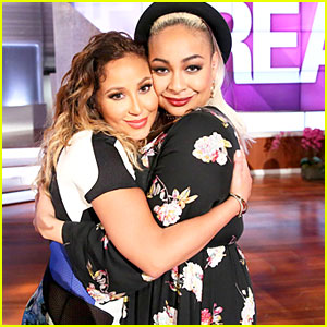 Cheetah Girls Raven Symone & Adrienne Bailon Reunite On 'The Real' - See The Cute Pic!
