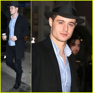 Max Irons Picks Up Some Coffee After 'Today' Show Stop