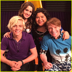 Calum Worthy Says Laura Marano Is The First To Go In A Zombie Apocalypse