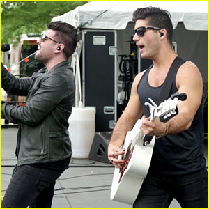 Dan + Shay Tease Their Performance With Nick Jonas For ACM Awards 2015