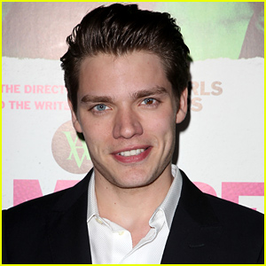'Shadowhunters' Finds Male Lead in Dominic Sherwood