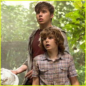 Nick Robinson & Ty Simpkins Look Scared in New 'Jurassic World' Trailer!