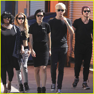 Riker Lynch & Rumer Willis Put The Trouble In 'Team