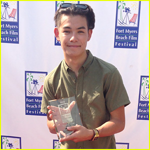 Ryan Potter Receives a Rising Star Award!