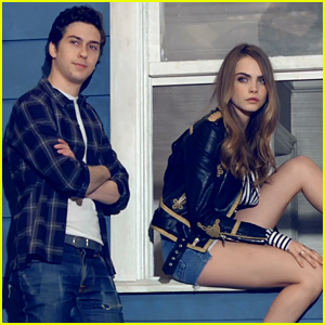 Cara Delevingne & Nat Wolff Are Photo Ready for 'Paper Towns' Shoot! (Exclusive BTS Video)