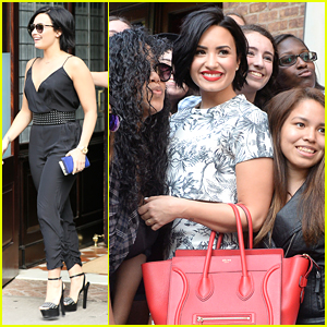 Demi Lovato Poses For Giant Group Selfie Ahead of DigiFest