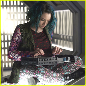 Get A Look At Jodelle Ferland's New Show, 'Dark Matter' NOW!