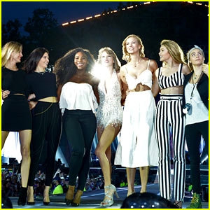 Taylor Swift Brings Six Celeb Friends On Stage for 'Style' in London! (Video)