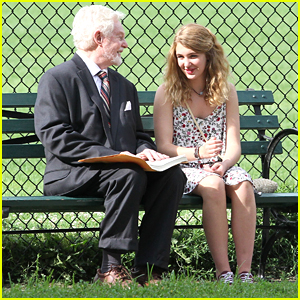 Sophie N�lisse Finds 'The History Of Love' With Derek Jacobi in Central Park