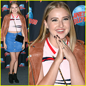 Veronica Dunne & Her Fans Take Over Planet Hollywood Times Square
