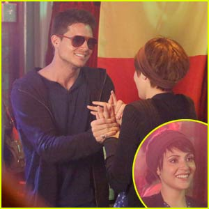 Robbie Amell Guest-Stars on 'Chasing Life' With Fiancee Italia Ricci - See the Pics!