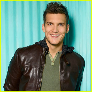 scott michael foster images
