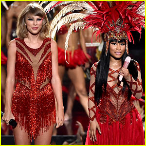 Taylor Swift Sings 'Bad Blood' with Nicki Minaj at VMAs 2015! (Video)