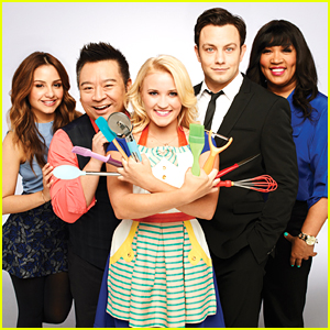 ABC Family's 'Young & Hungry' Renewed For Third Season!