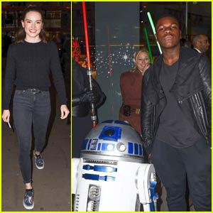 John Boyega & Daisy Ridley Meet Up With 'Star Wars' Fans in London!