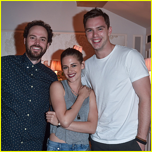 Kristen Stewart Goes Casual at 'Equals' Dinner with Nicholas Hoult