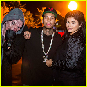 Kylie Jenner & Tyga Stop By Halloween Horror Nights!